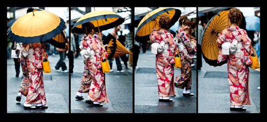 yellow umbrella 540x246 Kimono and yellow umbrella