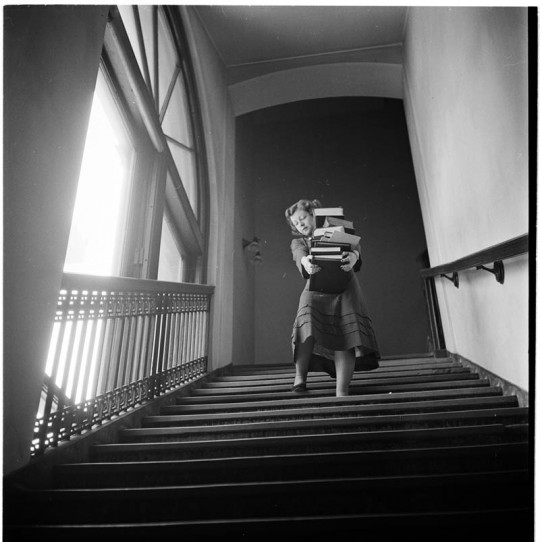 photographs by stanley kubrick look magazine life in new york 40s 1 540x542 Stanley Kubrick's New York: Incredible Photos of Life in the 40s