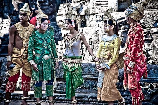 IMG 7888 Cambodian costumes