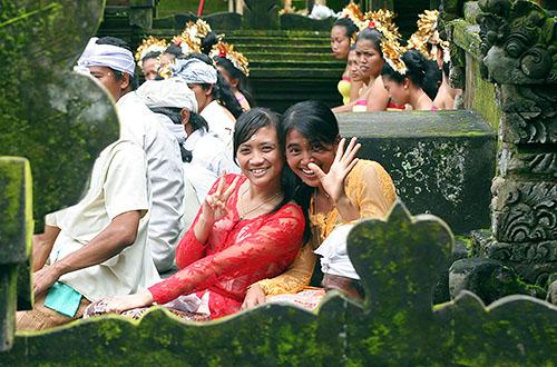Bahasa indonesia indonesian lesson 3 simple greetings farewells indonesian lesson 3 simple greetings farewells m4hsunfo
